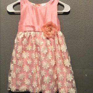 Girls poofy dress